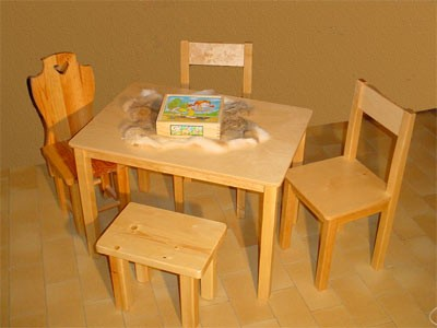 table en bois, mobilier en bois